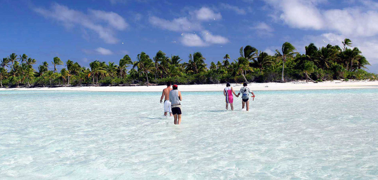 Arriving at Aitutaki Lagoon